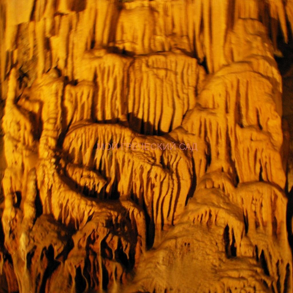 Причудливые узоры пещеры Капсья