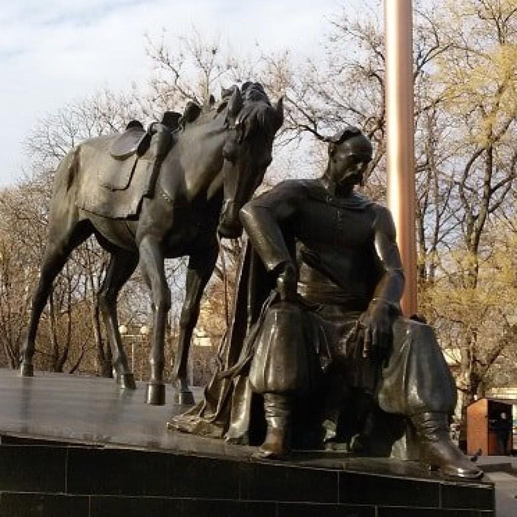 памятник атаману Головатому